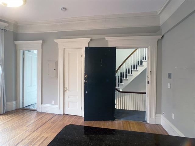 105 Charles Street Boston MA 02114