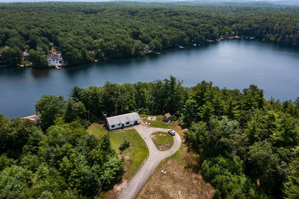 89 Cleverly Cove Rd, Lancaster, MA 01523