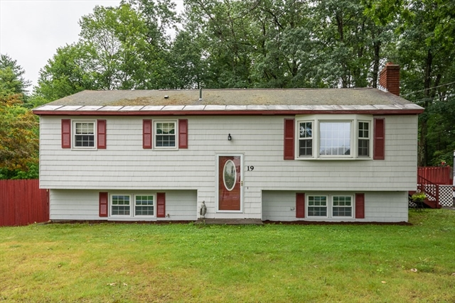 19 Parkwood Drive Pepperell MA 01463