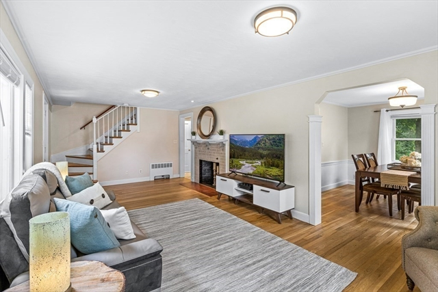 35 Nathaniel Road Winchester MA 01890