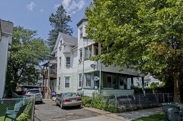 72 Waverly Street Springfield MA 01107
