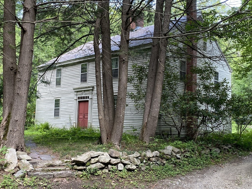 39 Newhall Road, Conway, MA 01341