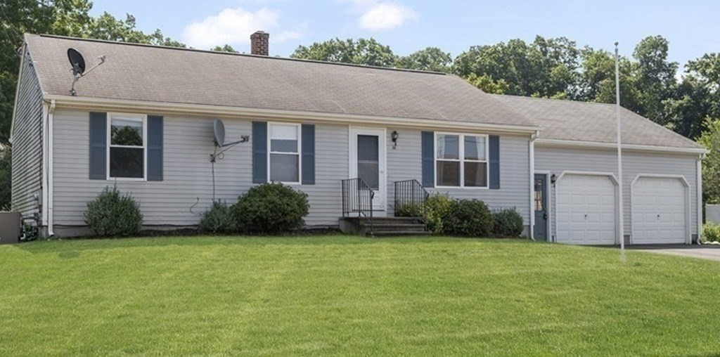 111 Carrier Ave, Attleboro, MA 02703