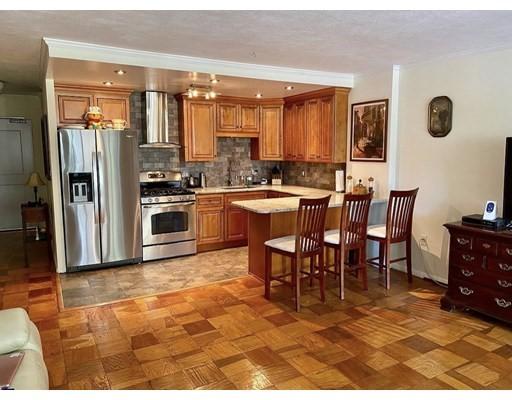 6 Whittier Place Unit 2G, Boston - West End, MA 02114