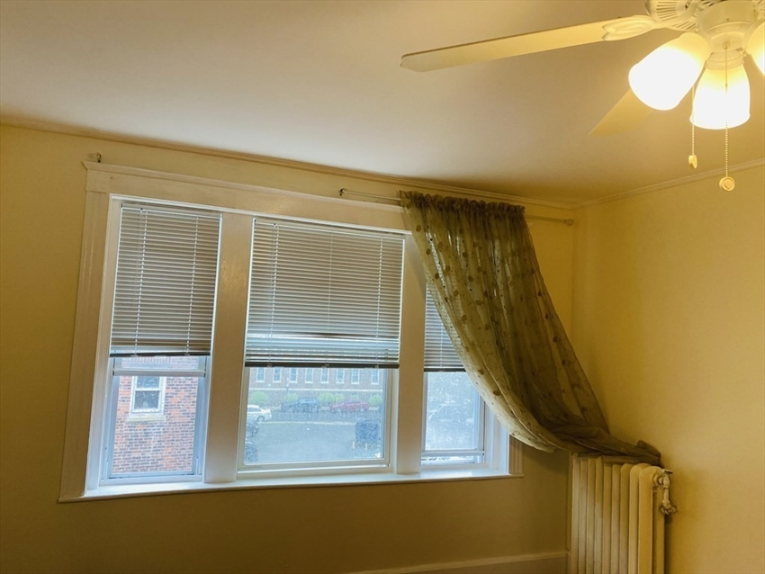 1607 Commonwealth Avenue, Boston, MA Image 10