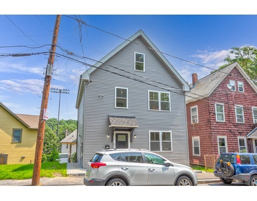 4 Beds, 3 Baths home in Boston for $999,900