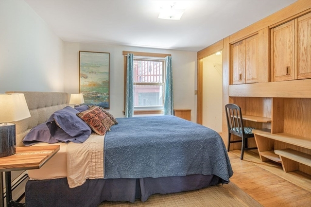 23 Cliff Road Gloucester MA 01930