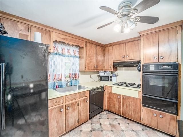41 Oakcrest Road Boston MA 02136