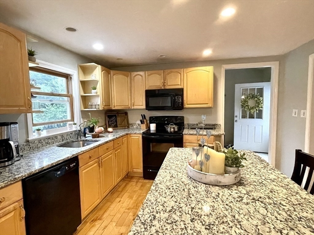 181 Piper Road Ashby MA 01431