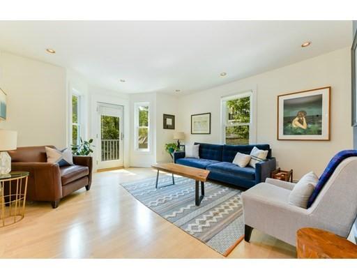 203 Chestnut Avenue Unit 2, Boston - Jamaica Plain, MA 02130