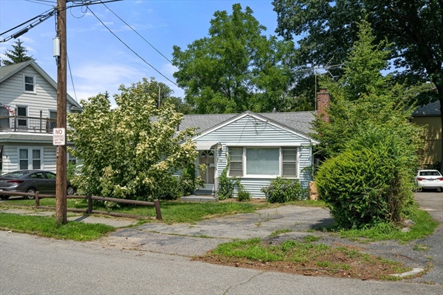 99 King PHILIP Worcester MA 01606