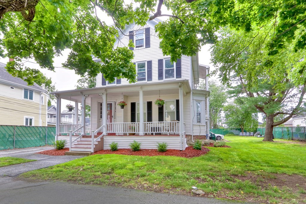 Photo of 20 Emerson St Wakefield MA 01880