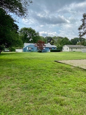 50 Raymond Hall DRVIVE North Attleboro MA 02760