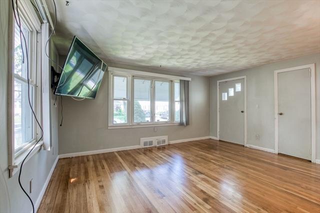 113 Wheeler Avenue Springfield MA 1118