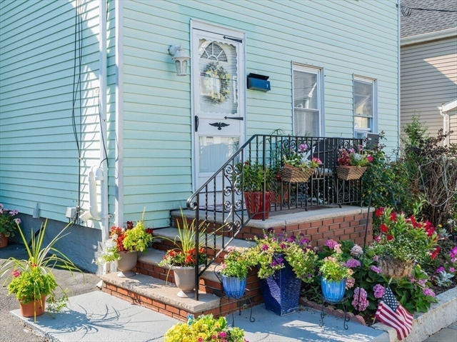 2 Hadley Court Everett MA 02149