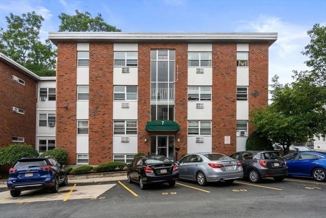 7 Commonwealth Court Boston MA 02135