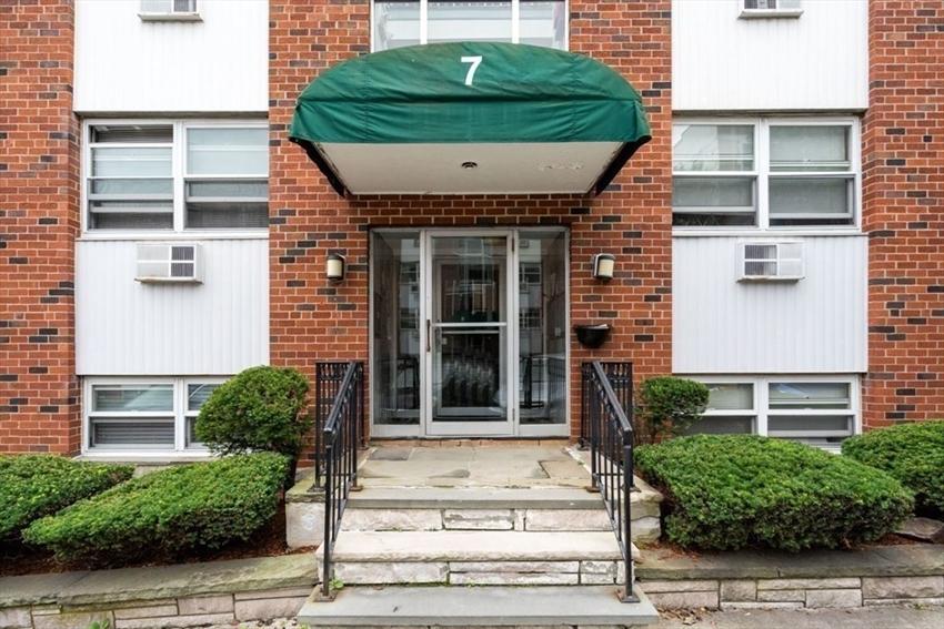 7 Commonwealth Ct, Boston, MA Image 6