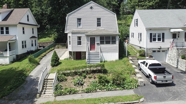 81 Beaconsfield Road Worcester MA 01602