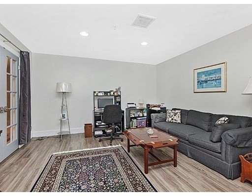 197 Eighth Street #425, Boston, MA 02129