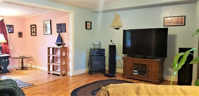 48 Pipers Way Carver MA 02330