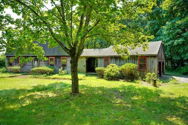 122 Wattaquadock Hill Road Bolton MA 01740