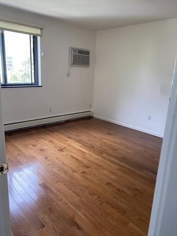 33 paul Street Newton MA 02459