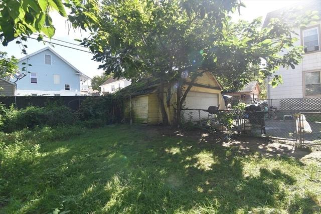91-93 Clantoy Street Springfield MA 01104