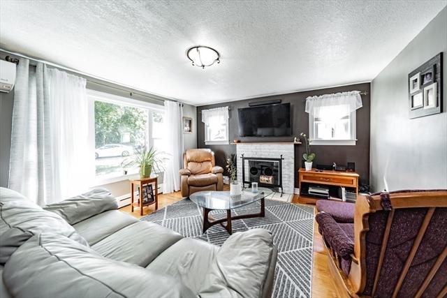 280 Jasper Street Springfield MA 1109
