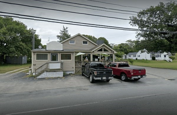 First time offering of this unique mixed use property ideally located in close proximity of all local amenities and only minutes from major highways. This location is within walking distance of the local town beach. It is currently home to a highly successful long term pizza restaurant and famously known to its local residents and seasonal guests. Only the real estate is for sale and does not include the pizza restaurant business. There is a spacious 3 bedroom unit on the upper level  and  small office at street level fully rented. The restaurant space could be rented for additional income. Ideal location to open up your own business only limited to the boundaries of your imagination.  Don't miss out on this golden opportunity. Call for a private showing today.