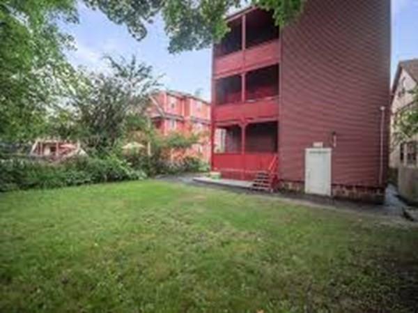 89 Ruthven Boston MA 02121