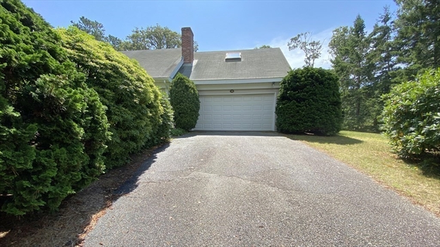 98 Lakeview Avenue Chatham MA 02633