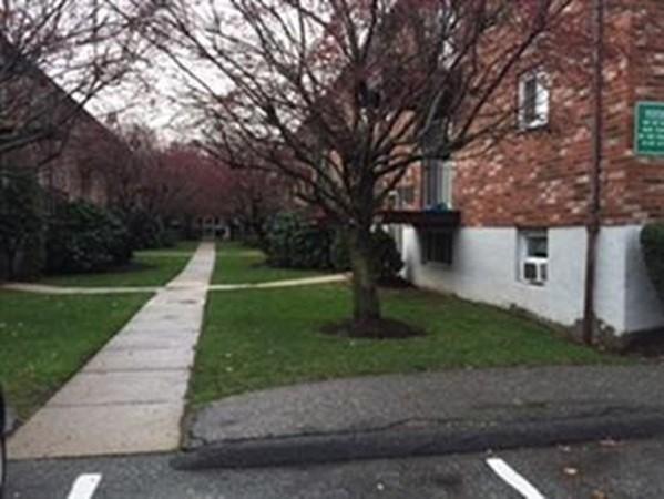 15 westgate Road Boston MA 02467