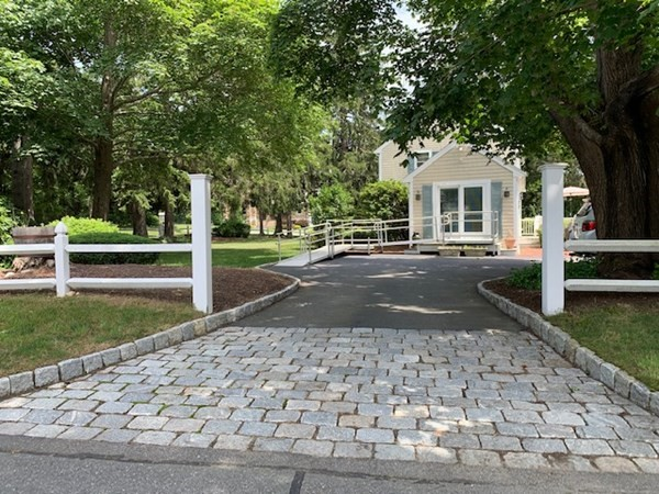 7 Old Plymouth Road Bourne MA 02562