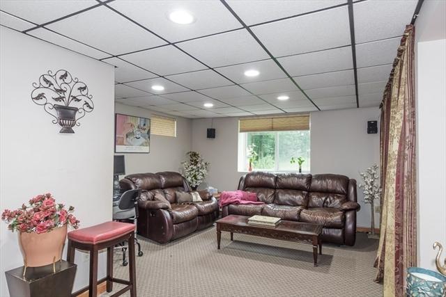83 Surrey Drive North Andover MA 01845