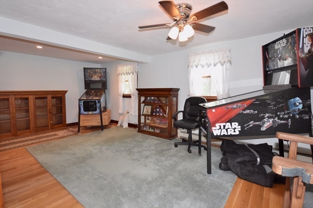 172 Pierce Street Rochester MA 2770