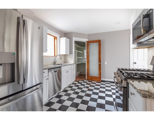5 Beds, 2 Baths home in Boston for $749,000