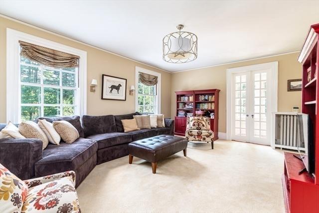 15 Mansion Drive Topsfield MA 01983