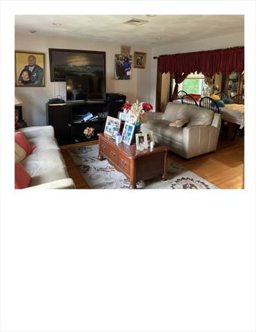 14 Crickett Lane Randolph MA 02368