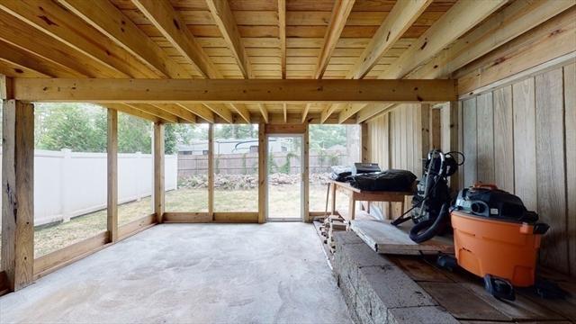 21 Browns Brook Road Webster MA 1570