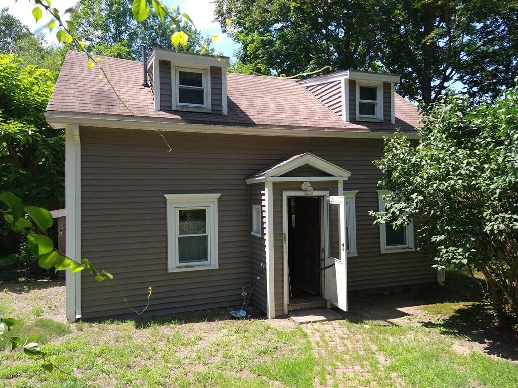 990 Bay Rd, Hamilton, MA 01982