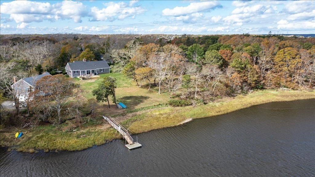 Photo of 560 Orleans Rd Chatham MA 02633