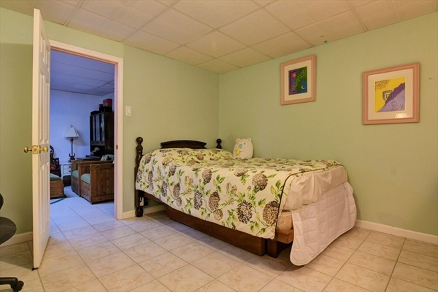 5 Hall Place Quincy MA 02169