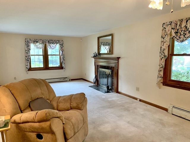 29 Wilde Willow Drive Holden MA 01520