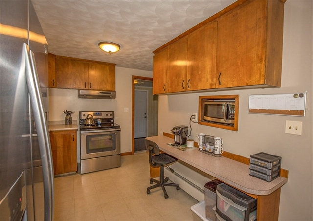28 Bright Street Enfield CT 06082