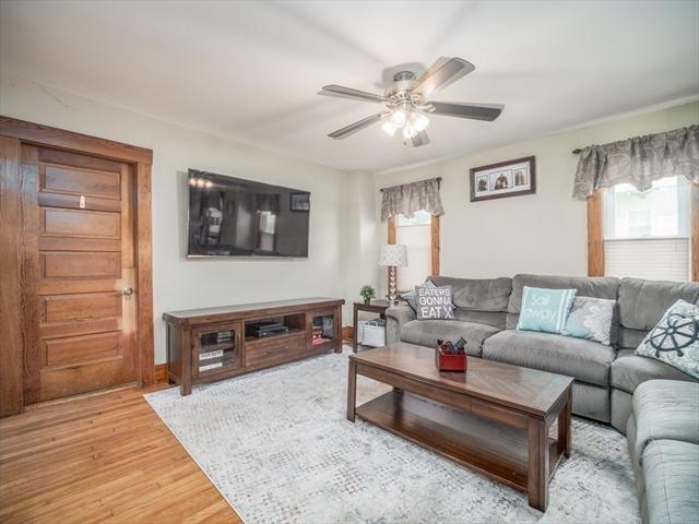 49 Mooreland Avenue Leominster MA 1453