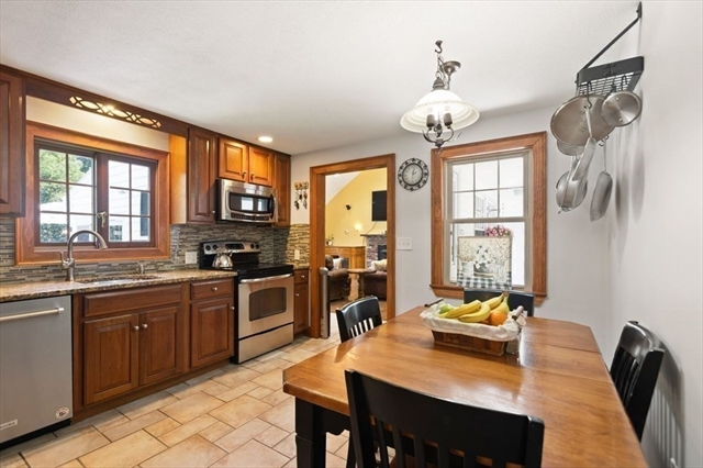2 Savin Street Burlington MA 1803