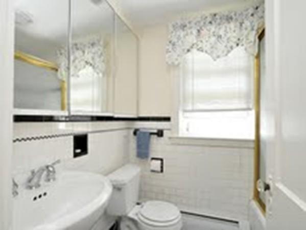 30 Cunningham Road Wellesley MA 02481