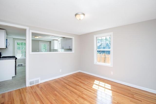 62 Tufts Street East Longmeadow MA 01108