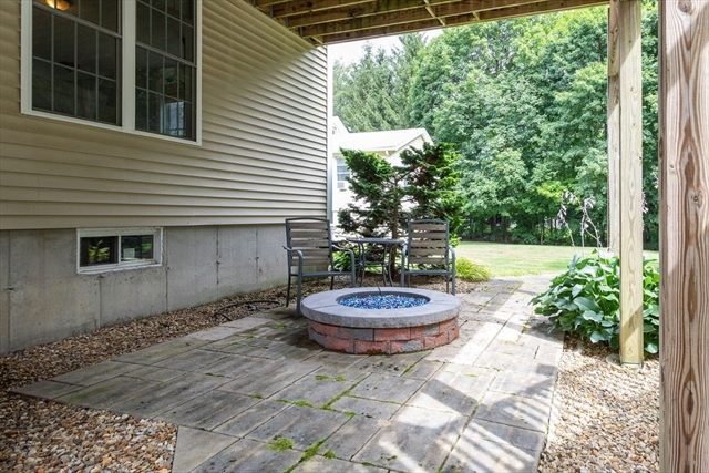 54 Holt Road Holden MA 1520