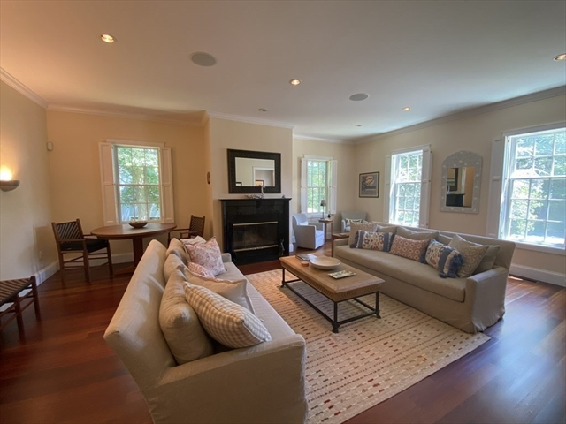 56 William Street Dartmouth MA 02748